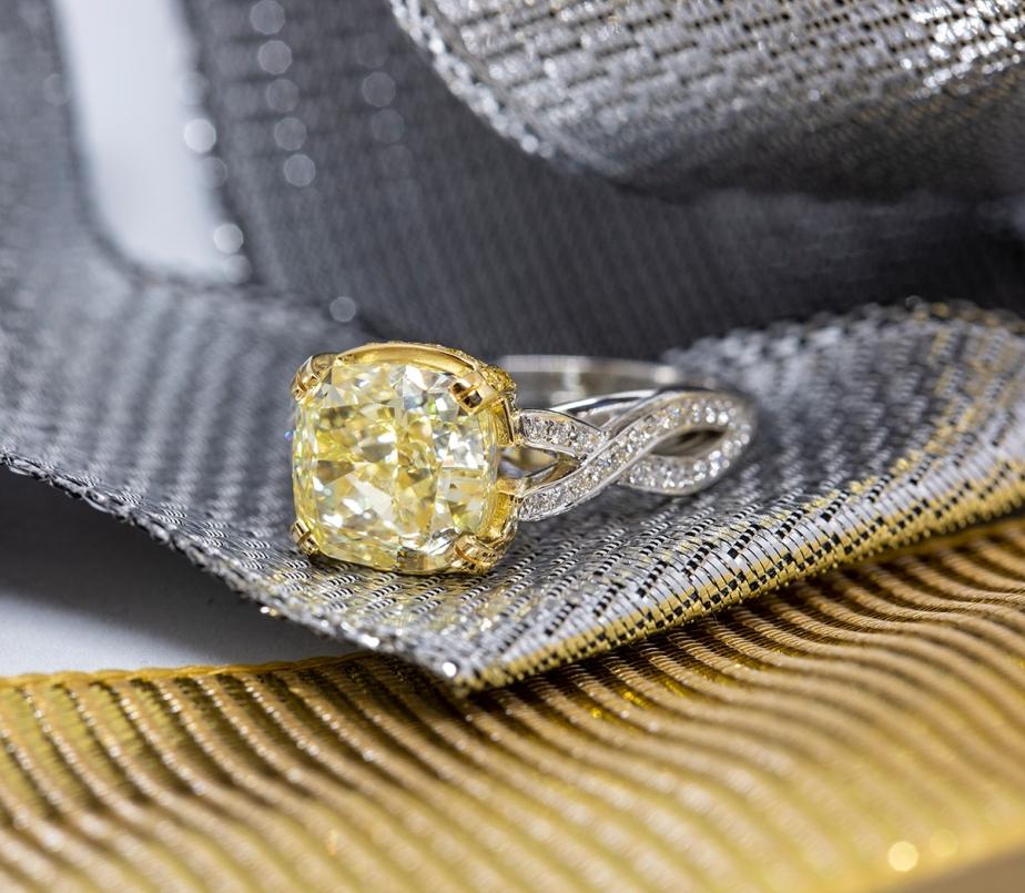 alternate view of yellow diamond ring