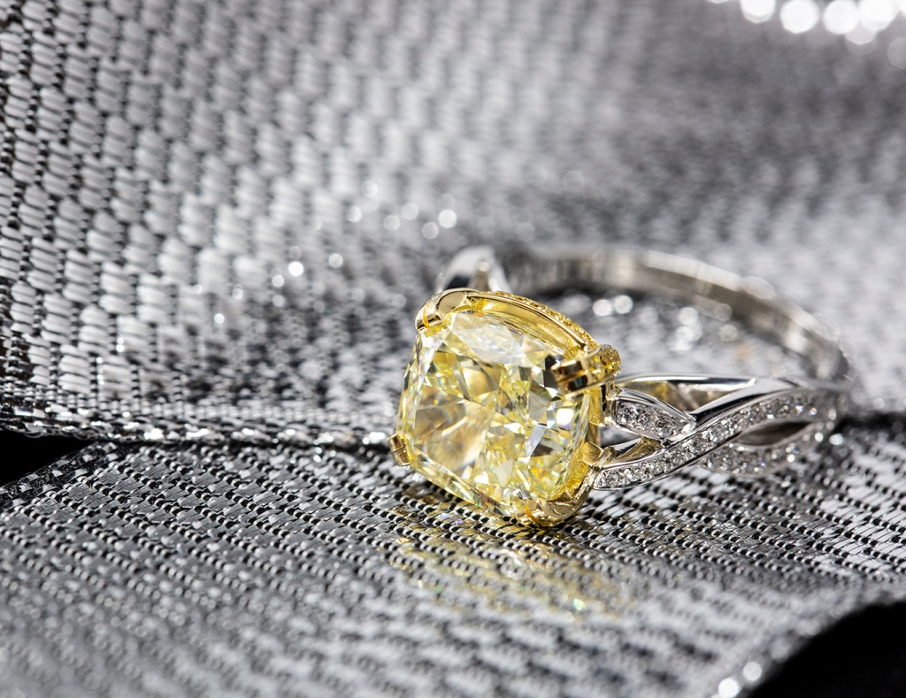 Finished yellow diamond ring
